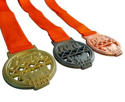 Médaille mat couleur or